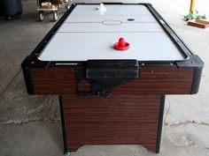my cousins used to have one of these and man it was (and still is) my fave game! Air Hockey, Ping Pong Table, Cousins, Childhood Memories, Lol, Games, Gaming, Plays, Game