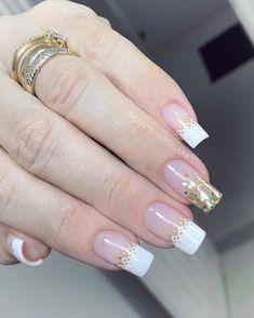 New Year's Nails, Red Nails, Glitter Nails, Elegant Nails, Stylish Nails, Birthday Nail Art, French Acrylic Nails, Bridal Nail Art, Halloween Nail Designs