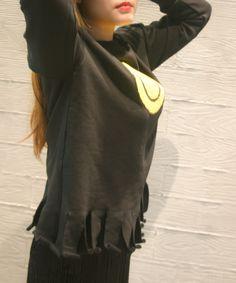 Trim details.. Sequin Smile Sweatshirt on www.yeseoul.com