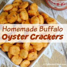 Want a quick, easy, and delicious game day snack recipe? Then you have to try these yummy homemade buffalo oyster crackers! They're great party snacks! These quick and yummy buffalo oyster crackers make a wonderful game day snack! Healthy Superbowl Snacks, Game Day Snacks, Snacks Für Party, Quick Snacks, Easy Homemade Snacks, Homemade Crackers, Homemade Sushi, Savory Snacks, Oyster Cracker Snack