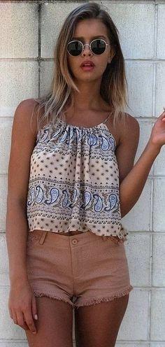 #summer #mishkahboutique #outfits | Printed Crop + Denim