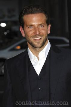 Google Image Result for http://www.contactmusic.com/pics/mc/all_about_steve_premiere_4_270809/bradley_cooper_2552364.jpg
