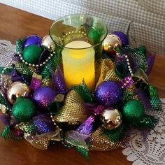 Mardi Gras centerpiece, door decor, Mardi Gras wreath