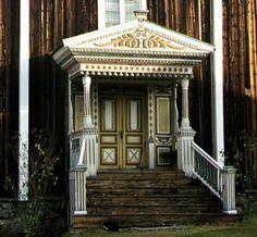 Farmhouse, Hälsingland Sweden Swedish House, Swedish Design, Neoclassical, Exterior Doors, Door Knobs, Windows And Doors, Architecture Details, Scandinavian Design, Buildings