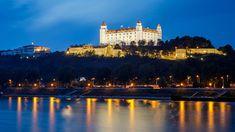 Reisebericht über Bratislava in der Slowakei mit Erfahrungen zu Sehenswürdigkeiten, den besten Fotospots sowie allgemeinen Tipps und Restaurantempfehlungen. Bratislava, Louvre, Building, Travel, Pictures, Travel Report, Do Your Thing, Vacation, Tips