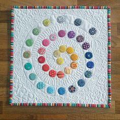 Moogsmum: Tutorial: Tiny Circles Applique