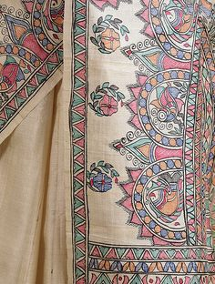 Hand Painted Sarees, Hand Painted Fabric, Painted Silk, Saree Painting Designs, Fabric Paint Designs, T Shirt Painting, Fabric Painting, Dress Painting, Fabric Art