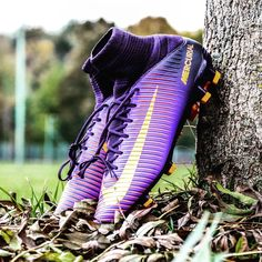 "Really cold outside <span class=""emoji emoji1f616""></span><span class=""emoji emoji2744""></span>️ #Nike #NikeFootball #mercurial #veloce #purple #lila #football #boots ..."