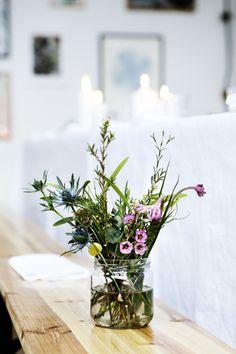 Flowers at Kinfolk Magazine Copenhagen dinner. Styling Nathalie Schwer photographer Line Thit Klein