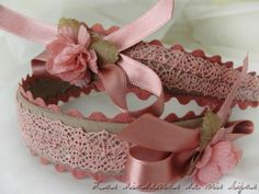 Idea for a headband this is beyond cute. Fabric Ribbon, Ribbon Bows, Felt Flowers, Fabric Flowers, Baby Girl Hair Accessories, Fabric Flower Headbands, Fancy Bows, Baby Girl Bows, Vintage Headbands