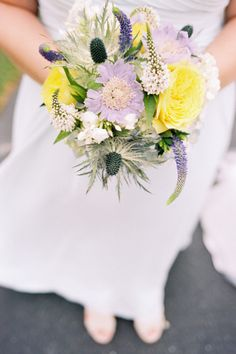 Yellow and lavender hues: http://www.stylemepretty.com/washington-weddings/arlington-washington/2015/06/08/colorful-western-wasington-barn-wedding/ | Photography: Alexandra Knight - http://alexandraknightphotography.com/