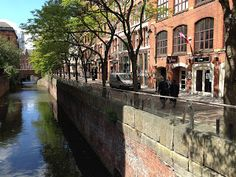 Running along the old Rochdale canal in Manchester, UK: a scenic run right in the city center