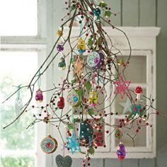 Dishfunctional Designs: A Beautiful Bohemian Christmas--inspiration Bohemian Christmas, Noel Christmas, All Things Christmas, Winter Christmas, Vintage Christmas, Christmas Branches, Christmas Ornaments, Simple Christmas, Whimsical Christmas