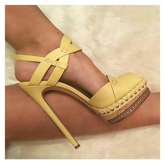 There are a world of assorted types of high heeled shoes, including pumps, platforms, sandals, wedges and high heeled boots for ladies. Pumps, Stilettos, Stiletto Heels, High Heels, High Boots, Dream Shoes, Crazy Shoes, Me Too Shoes, Pretty Shoes