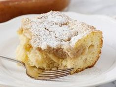 Apple Pie Cake - Craving some cake, but still hungry for pie? This fruity dessert combines the best of both worlds, with apple-pie goodness blended into a moist sheet cake. Apple Desserts, Köstliche Desserts, Apple Recipes, Dessert Recipes, Yellow Desserts, Apple Pie Cake, Apple Dump Cakes, Apple Pies, Cake Mix Recipes