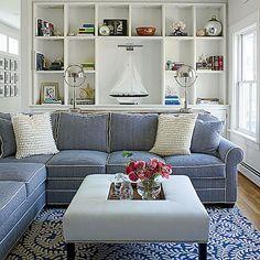 Cozy coastal living room decorating ideas (63)