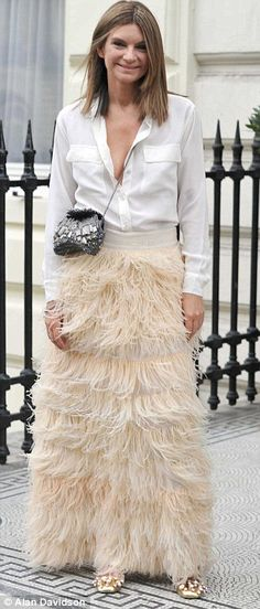 Natalie #Massenet is so chic in this full feather skirt