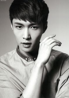 Ah, this man is just too beautiful! Lay is incredible:) #EXO #Lay #Kpop