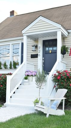 Home Renovation Exterior Exterior update and curb appeal cape cod style home - … Exterior Colors, Exterior Paint, Exterior Design, Diy Exterior, Craftsman Exterior, Craftsman Style, Small Front Porches, Front Porch Design, Primitive Homes