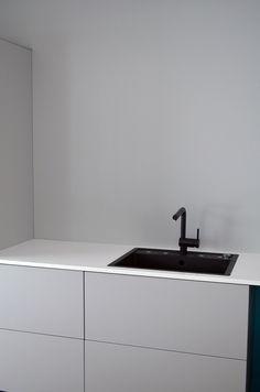 Projektila: Harmaa keittiö Bathroom Vanity, Bathroom, Vanity, Kitchen, Home, Double Vanity