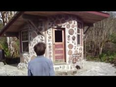 How to Build a Tiny, Off-Grid House for $2500 (Video)
