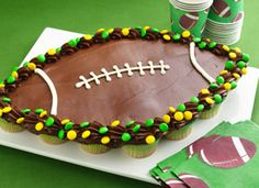 Pull-apart football cupcakes? Yes, please!