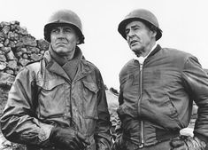 Battle of the Bulge - Publicity still of Henry Fonda & Robert Ryan. The image measures 1600 * 1180 pixels and was added on 13 February Montgomery Gentry, Lew Ayres, Robert Ryan, Henry Fonda, Hm The Queen, Best Supporting Actor, Girl Thinking, Classic Movies, Iconic Movies