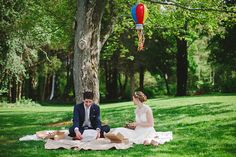 Wedding picnic with a piñata? Yes please.