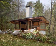 Wooden Retreat Tye River Cabin