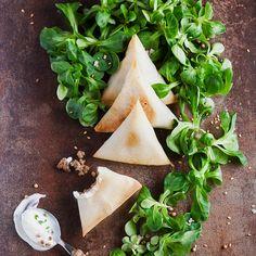 Découvrez la recette samoussa au boeuf haché sur cuisineactuelle.fr.