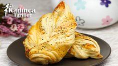 Peynirli Yaprak Poğaça Tarifi en nefis nasıl yapılır? Kendi yaptığımız Peynirli Yaprak Poğaça Tarifi'nin malzemeleri, kolay resimli anlatımı ve detaylı yapılışını bu yazımızda okuyabilirsiniz. Aşçımız: AyseTuzak
