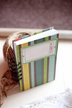Pruhovaný zápisník