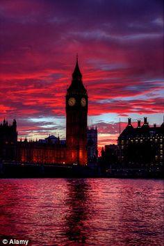 Big Ben at night time.