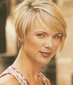 Short Hairstyles Women Over 50 With Glasses | Pictures of short haircuts for women over 50 pictures 1