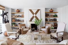 Look Inside a Film Producer's Refined Malibu Weekend Home Photos | Architectural Digest