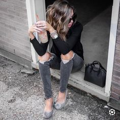 Shop Your Screenshots™ with LIKEtoKNOW.it, a shopping discovery app that allows you to instantly shop your favorite influencer pics across social media and the mobile web. Sport Chic, Sport Casual, Flat Shoes Outfit, My Coffee, Black Denim, Classy, Friday, Pants, Outfits