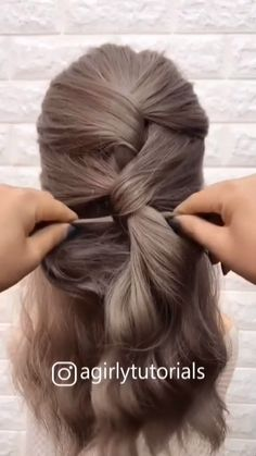 haar zopf WOW so creative! Super Easy Hairstyles, Mom Hairstyles, Easy Hairstyles For Long Hair, Easy Wedding Guest Hairstyles, Office Hairstyles, Hairstyles Videos, Hair Up Styles, Medium Hair Styles, Long Hair Video