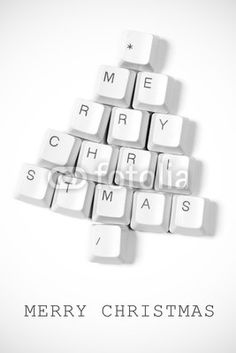 Fotolia - Christmas tree made of computer keys