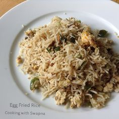 Egg fried rice is one of my comfort and favourite weekday lunch menu. Serve this with Chinese styled vegetable / chicken curry. Lunch Menu, Fried Rice, Fries, Curry, Eggs, Vegetables, Food, Luncheon Menu, Curries