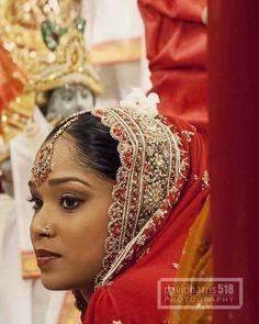 Indian Bride Indian Wedding Ceremony, Wedding Day, Faces, Bride, Fashion, Pi Day Wedding, Wedding Bride, Moda, Bridal