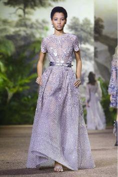 fashiondailymag:  Elie Saab, Spring Summer 2016, Womenswear viaFashionGPS   lavender sparklelineisy montero