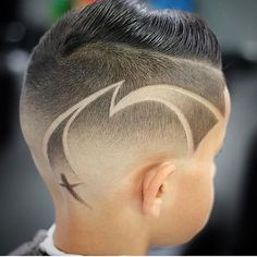 Would you get something like this done? Like us on Facebook.com/4hishair . by @m.r.k.thebarber. #4hairpleasure