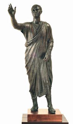 """Portrait of Aule Meteli, """"The Arringatore,"""" 125-100 B.C., bronze and copper. Museo Archeologico Nazionale, Firenze (Soprintendenza per i Beni Archeologici della Toscana)"""
