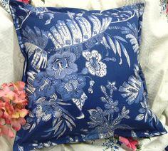 1/ Ralph Lauren fabric Blue Tropical Floral 100% Cotton Sham 16x16 handmade #RalphLauren #Modern Toss Pillows, Throw Pillow Covers, Decorative Throw Pillows, Bed Pillows, Ralph Lauren Fabric, Ebay Shopping, Queen Comforter Sets, How To Make Pillows, Designer Pillow