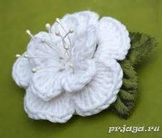 Výsledok vyhľadávania obrázkov pre dopyt цветы на шапочку крючком