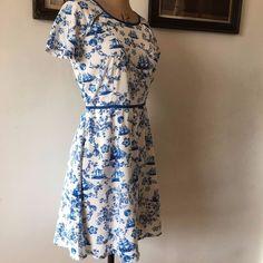 UK SIZE 12 WOMENS YUMI DRESS BLUE AND WHITE PATTERN TEA DRESS