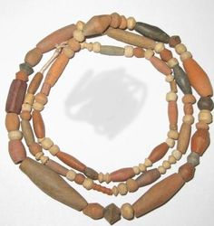 STRAND AFRICAN OLD MALI CALY TRADE BEADS