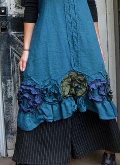 Flouncy Swirl Dress von sarahclemensclothing auf Etsy, $149.00