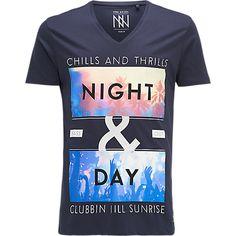 T-shirt, Non Grada V-neck T-shirt - The Sting