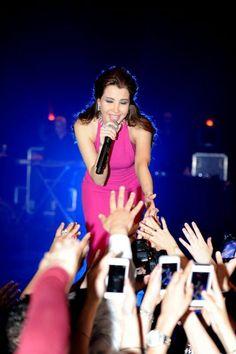 3a808d9819ab2  NANCYAJRAM INVADED  PARIS THROUGH A  CONCERT  Lebanese  Singer  Music